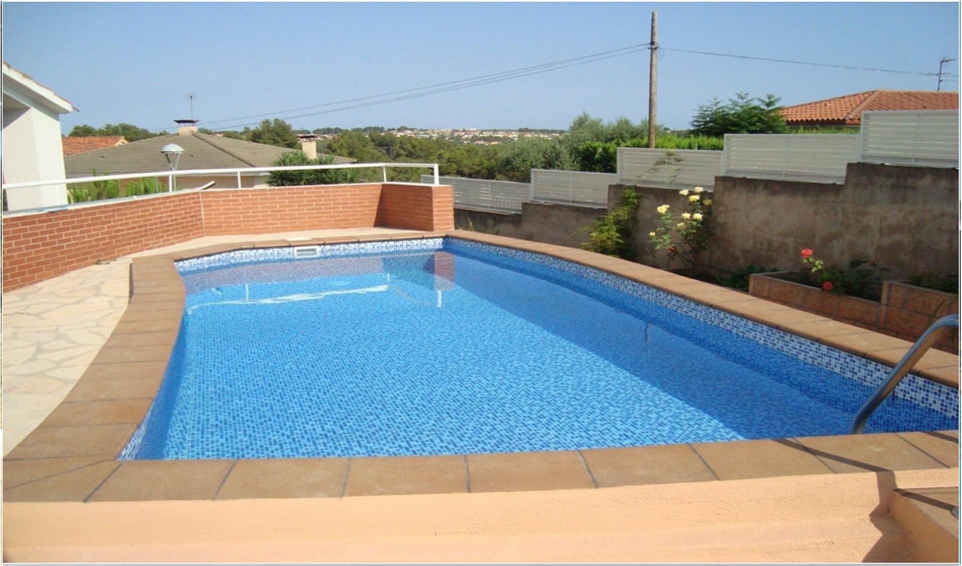 Piscinas reparaci n piscinas avila for Piscina guadarrama